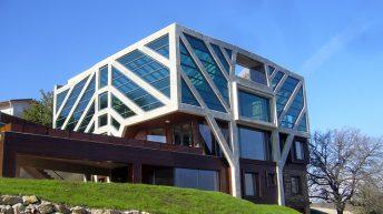 """""""Къщата дърво"""" с приз за енергоспестяваща и екологична архитектура"""