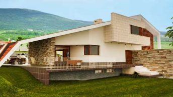 Проект на еднофамилна къща във вилна зона край гр. Пловдив – РЗП 540 кв.м